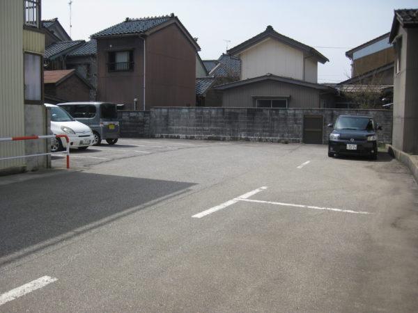 【月極駐車場】高岡市川原本町538-1 伊勢パーキング